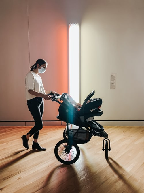 6 Tips to Consider When Buying a Pram